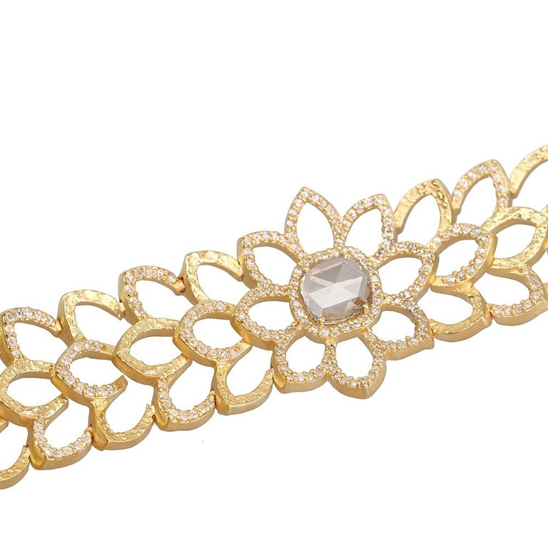 Rose Cut Diamond Choker Necklace in 20K Yellow Gold with 3.0 Carat Diamonds For Sale