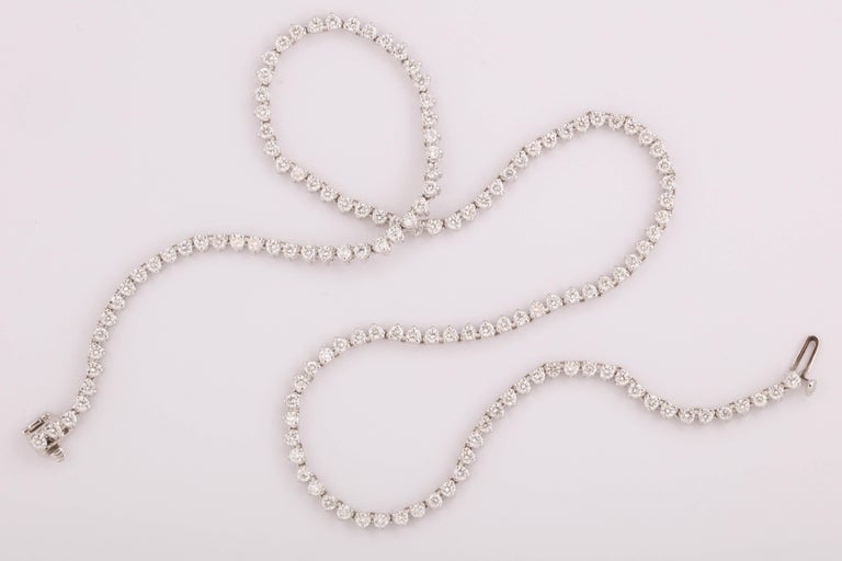 Diamond Choker Tennis Necklace In New Condition For Sale In New York, NY