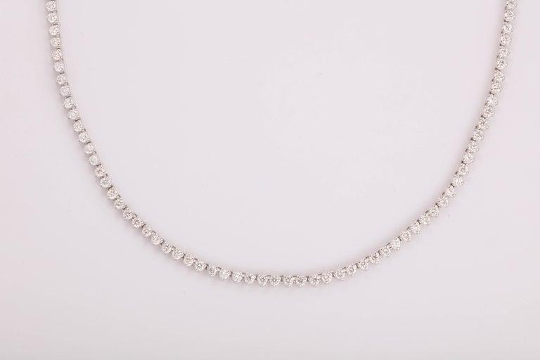 Women's Diamond Choker Tennis Necklace For Sale
