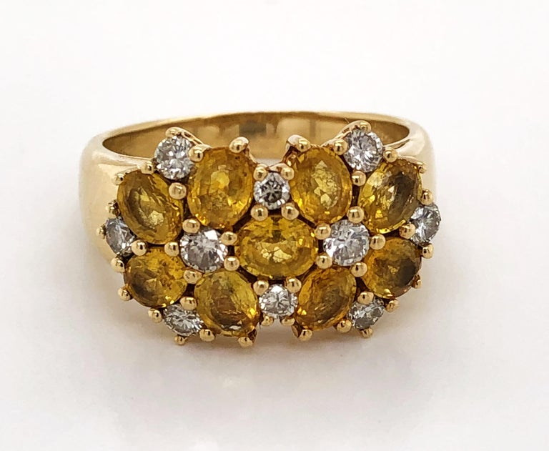 Diamond Citrine Floral Cluster 18 Karat Yellow Gold Ring In Good Condition For Sale In Mount Kisco, NY