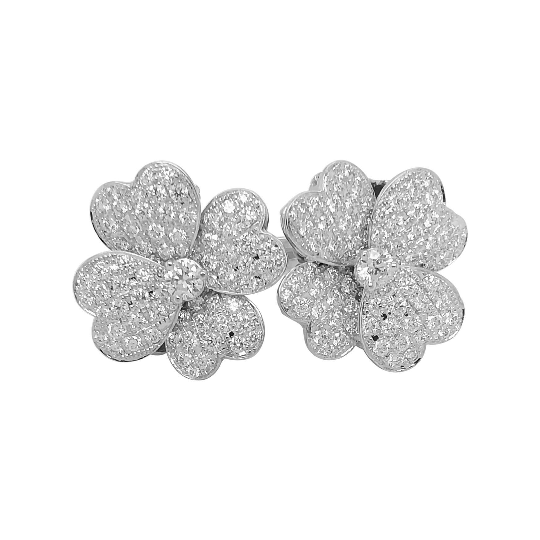 """Diamond Clover """"Between Finger"""" Ring, Set in 18k White Gold"""