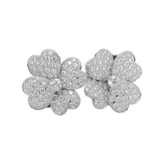 "Diamond Clover ""Between Finger"" Ring, Set in 18k White Gold"