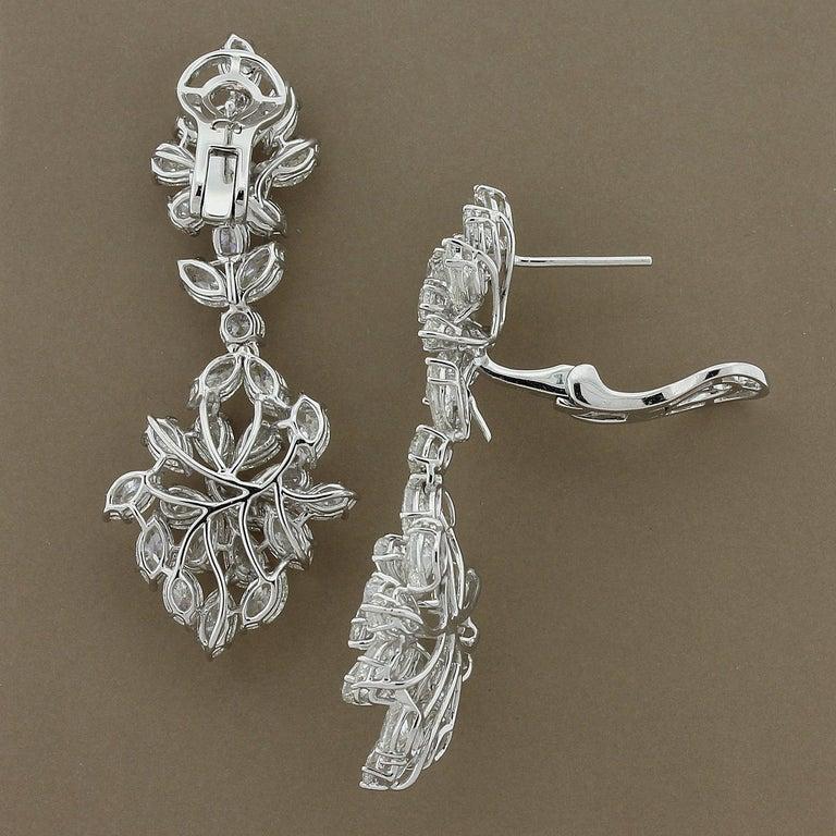 Women's Diamond Cluster Gold Drop Earrings For Sale
