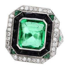 Diamond Colombian Emerald Onyx Platinum Cocktail Ring
