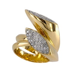 Diamond Crossover Ring in 18 Karat