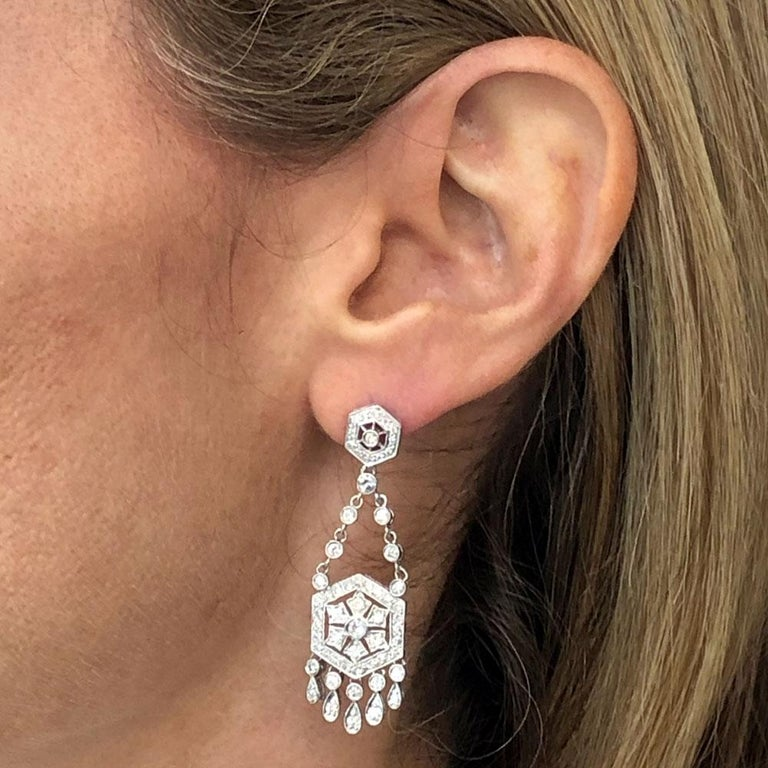 Modern Diamond Dangle Chandelier 18 Karat White Gold Earrings For Sale
