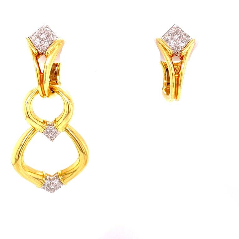 Round Cut Diamond Dangle Detachable Drop Earrings 18 Karat Yellow Gold For Sale