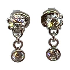 Diamond Dangle Earrings in 14 Karat Gold Weighing 0.80 Carat