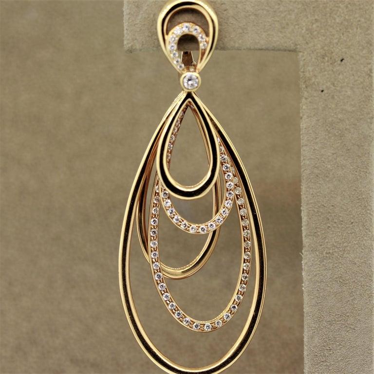 Round Cut Diamond Dangle Gold Earrings For Sale