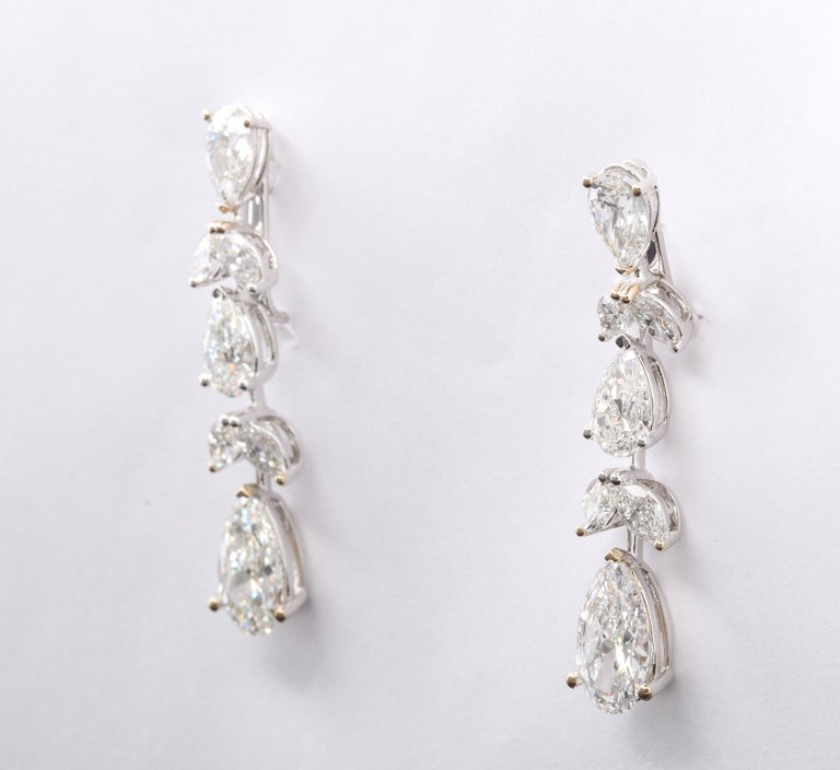 Women's or Men's Diamond Drop Earrings For Sale