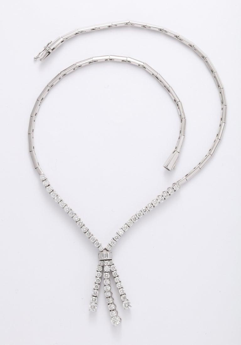 Diamond Drop Necklace For Sale 1