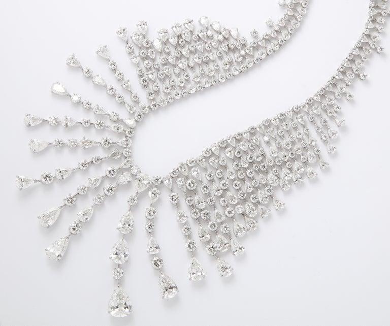 Diamond Drop Necklace For Sale 3