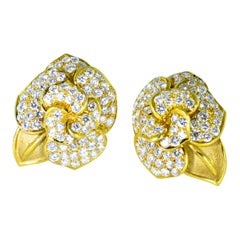 Diamond Earrings in a Floral Motifs