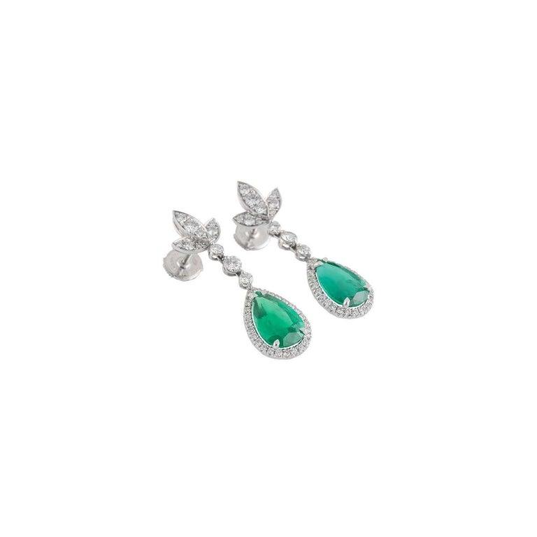 Pear Cut Diamond and Emerald Drop Earrings 6.00 Carat Emeralds 1.30 Carat Diamonds For Sale