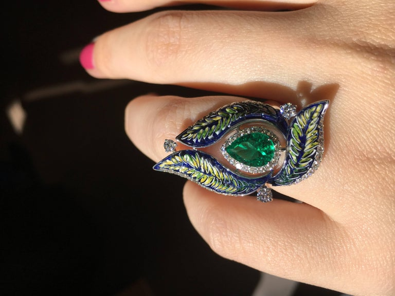 Pear Cut Diamond Emerald Green Micromosaic Ring For Sale