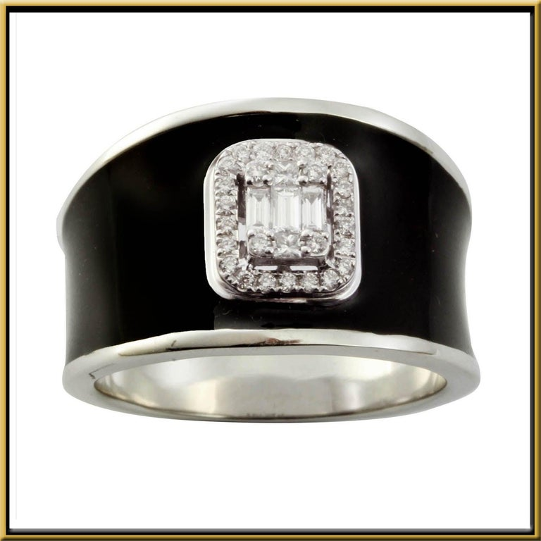 For Sale: undefined Diamond Emerald Illusion Fashion Ring with Black Enamel in 18 Karat Gold 2