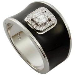 Diamond Emerald Illusion Fashion Ring with Black Enamel in 18 Karat Gold