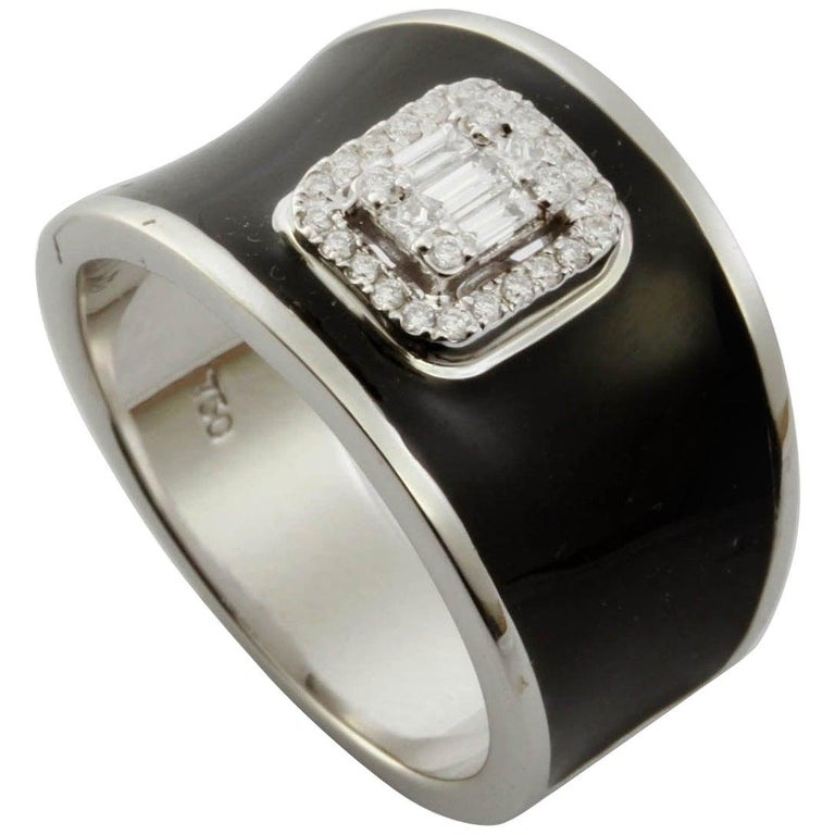 For Sale: undefined Diamond Emerald Illusion Fashion Ring with Black Enamel in 18 Karat Gold