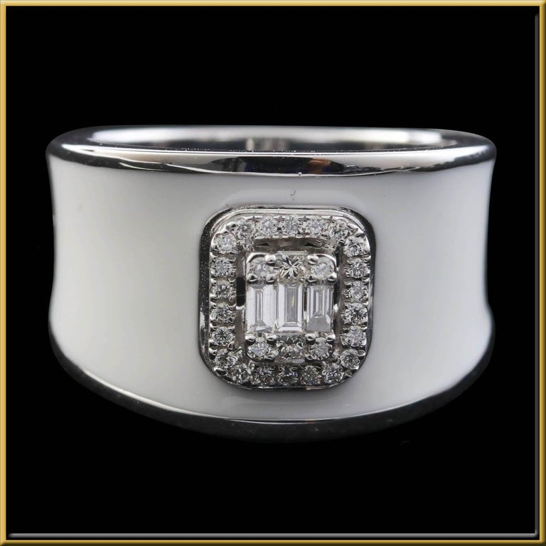 For Sale: undefined Diamond Emerald Illusion Fashion Ring with White Enamel in 18 Karat Gold 3