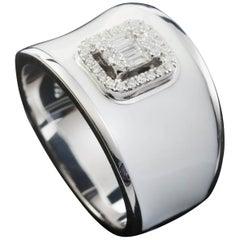 Diamond Emerald Illusion Fashion Ring with White Enamel in 18 Karat Gold