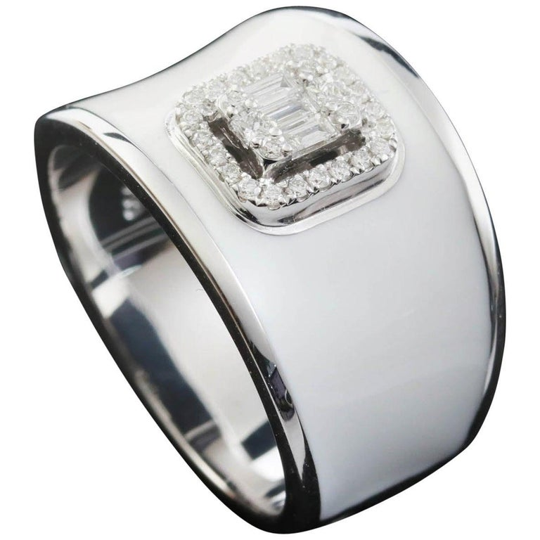For Sale: undefined Diamond Emerald Illusion Fashion Ring with White Enamel in 18 Karat Gold