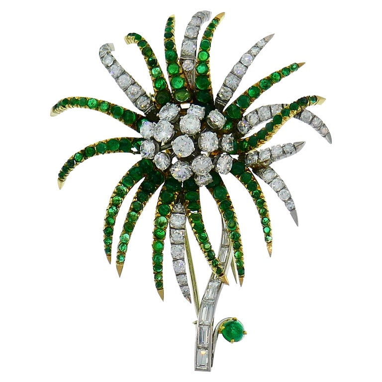 Diamond Emerald Platinum Yellow Gold Brooch Pin Clip, French, 1960s For Sale