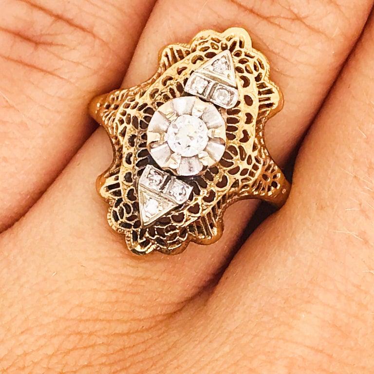 Art Nouveau Diamond Filigree Estate Ring 14 Karat Yellow Gold 0.21 Carat Diamond Ring For Sale