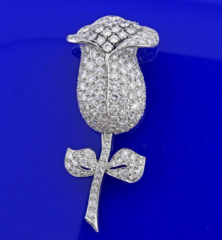 Diamond Flower Brooch In Excellent Condition For Sale In Bethesda, MD