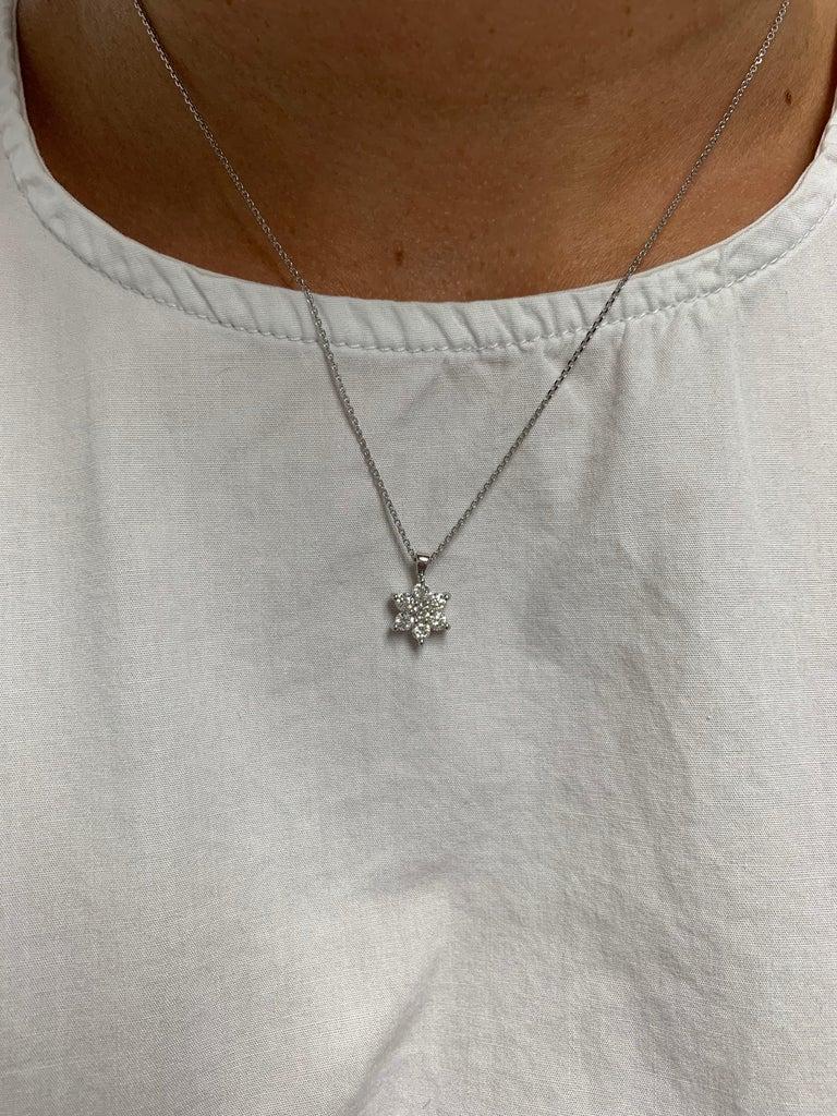 Women's Diamond Flower Pendant Necklace For Sale