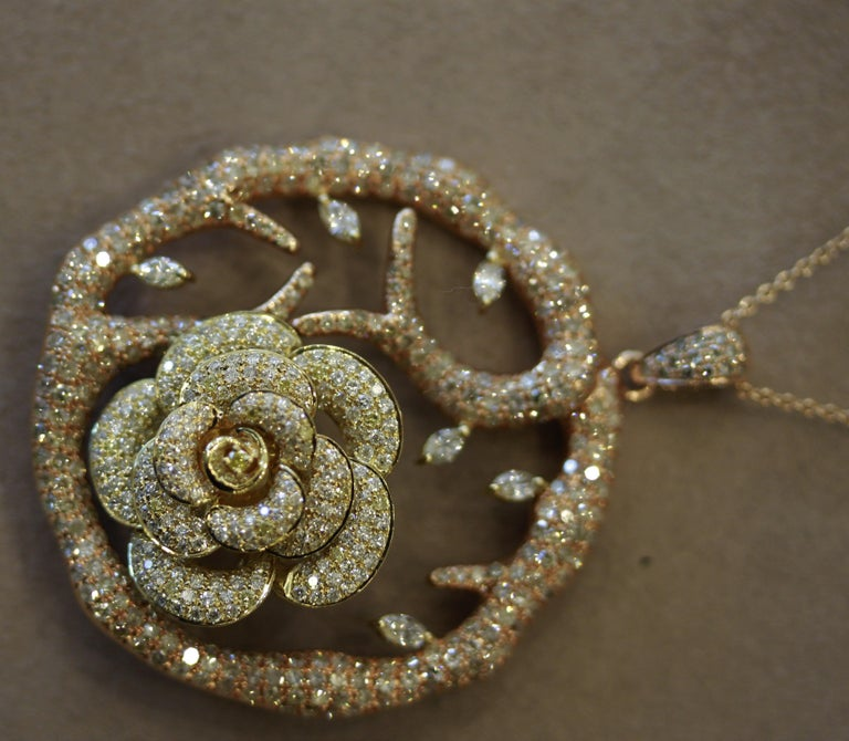 Diamond Flower Tree Two-Tone Gold Pendant Necklace In New Condition For Sale In Beverly Hills, CA