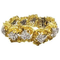 Diamond Flowers 10.00 Carat Total 18 Karat Yellow Gold Floral Design Bracelet