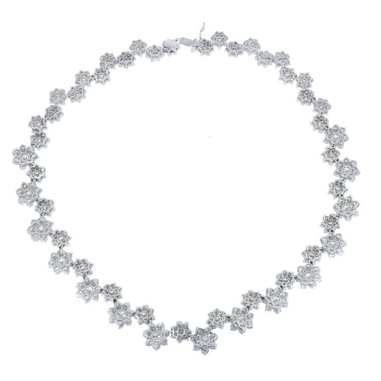 Contemporary Diamond Flowers White Gold Necklace For Sale