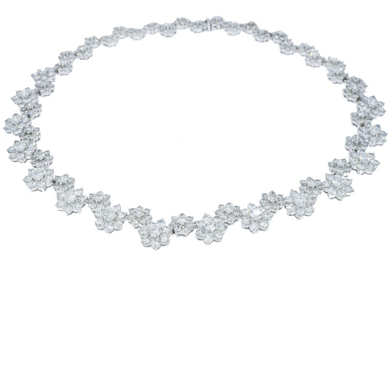 Diamond Flowers White Gold Necklace For Sale 3