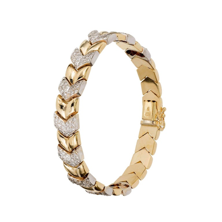 2.50 Carat Diamond Gold Chevron Link Bracelet For Sale 1