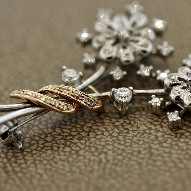 Women's Diamond Gold Flower Pin Brooch For Sale