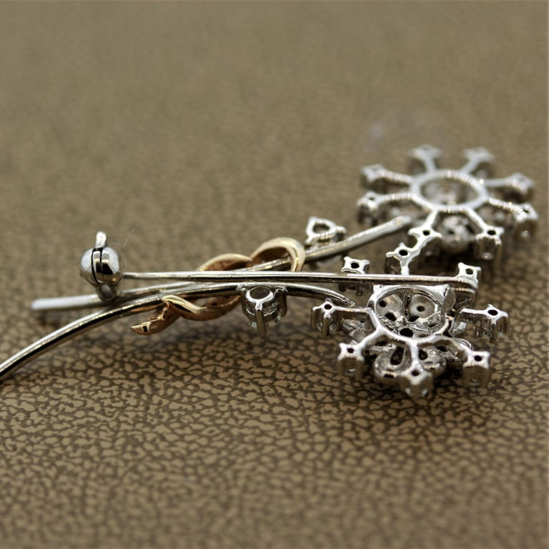 Diamond Gold Flower Pin Brooch For Sale 1