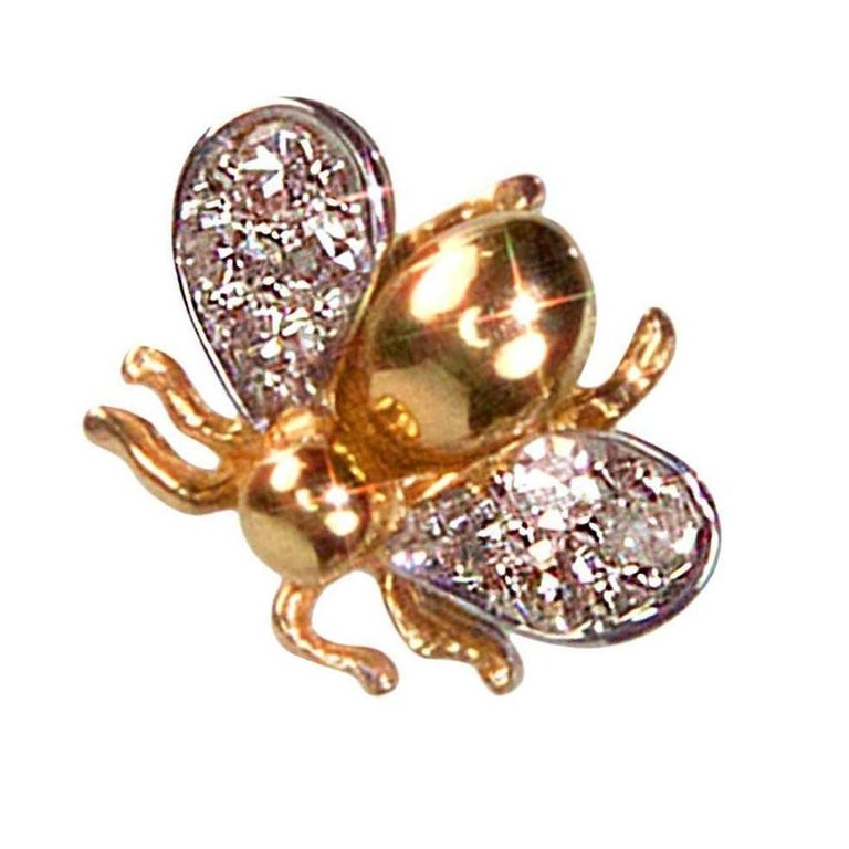 Round Cut Diamond Gold Fly Brooch Pin Estate Fine Jewelry For Sale
