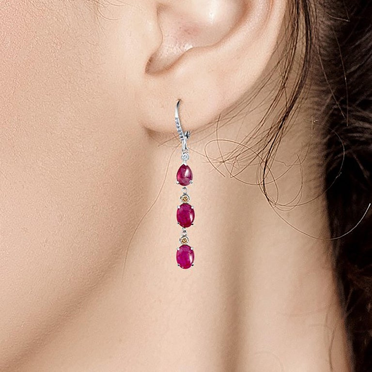 Women's Diamond Gold Hoop Earrings with Burma Cabochon Ruby Weighing 8.27 Carat For Sale