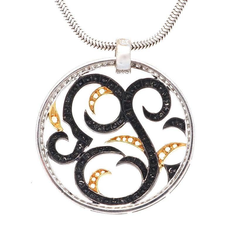 Round Cut Diamond Gold Necklace