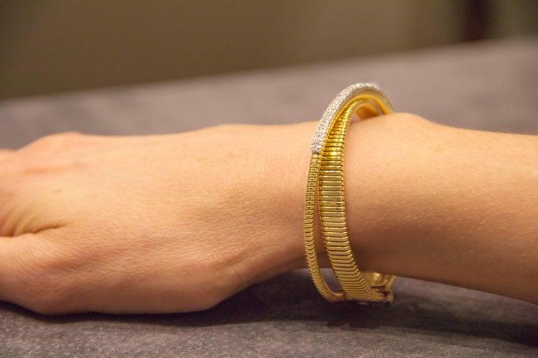 Jona White Diamond 18 Karat Yellow Gold Tubogas Bangle Bracelet For Sale 4