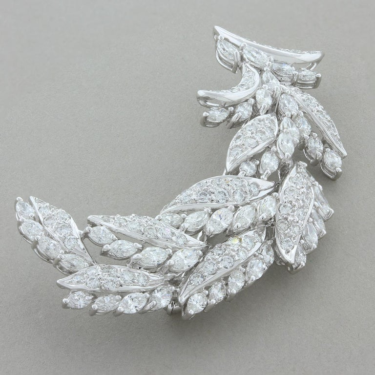 Diamond Gold Wheat Pin Brooch In New Condition For Sale In Beverly Hills, CA