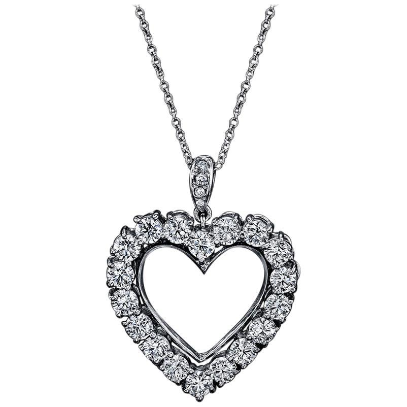 Diamond Heart 2.85 Carat Necklace/Pendant 18 Karat White Gold