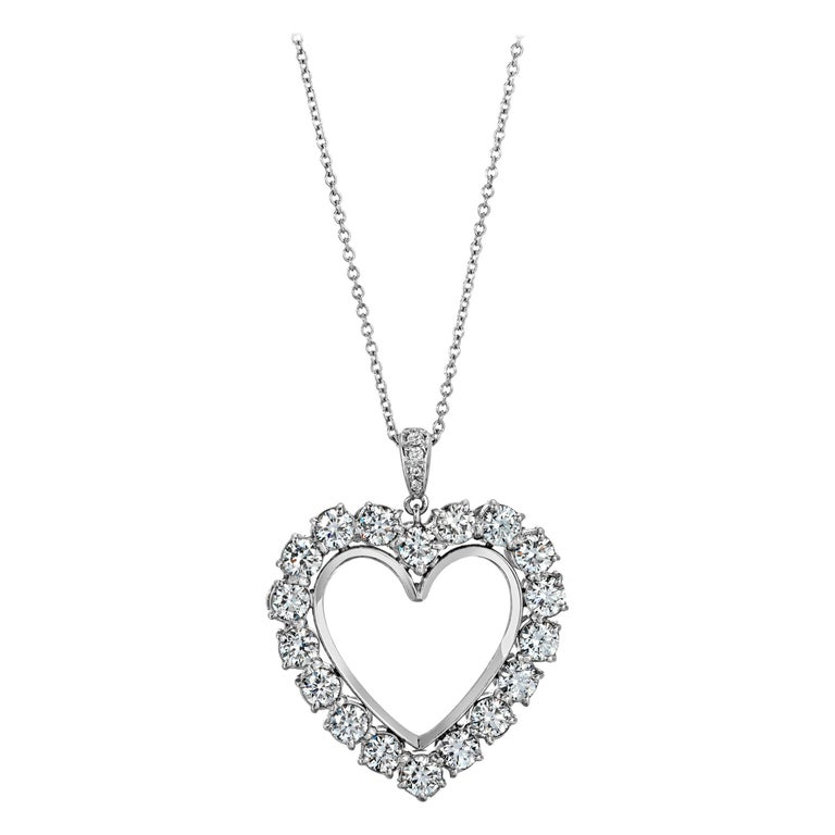 Diamond Heart 2.85 Carat Necklace/Pendant 18 Karat White Gold For Sale