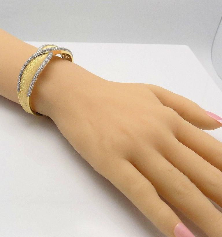 Diamond Hinged Bracelet For Sale 2