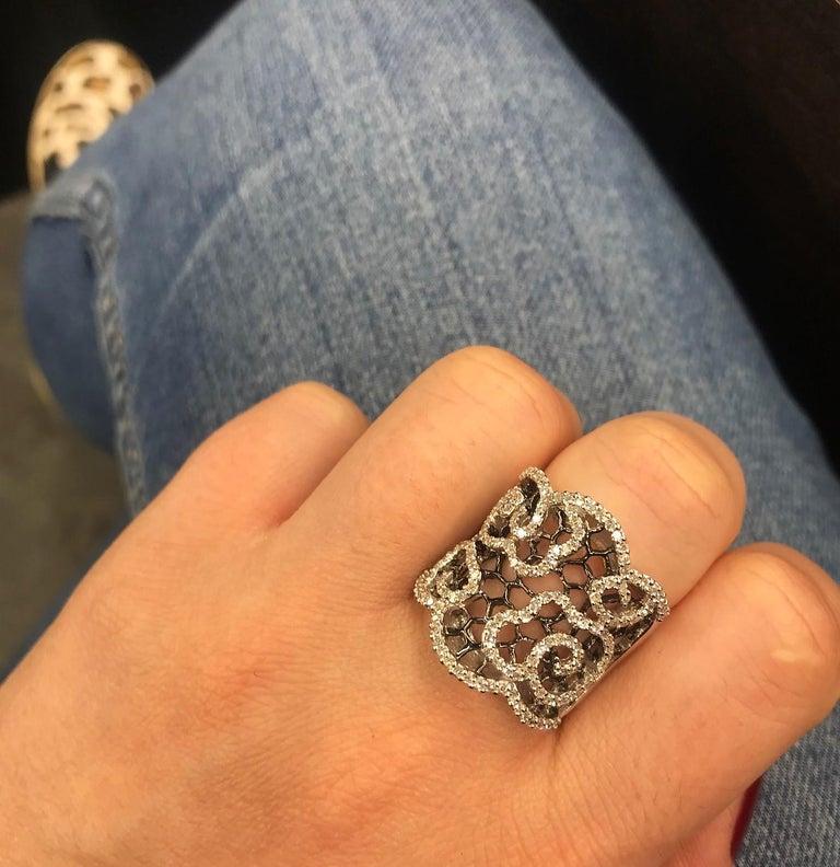 Round Cut Diamond Honeycomb Ring with Black Rhodium 0.80 Carat For Sale