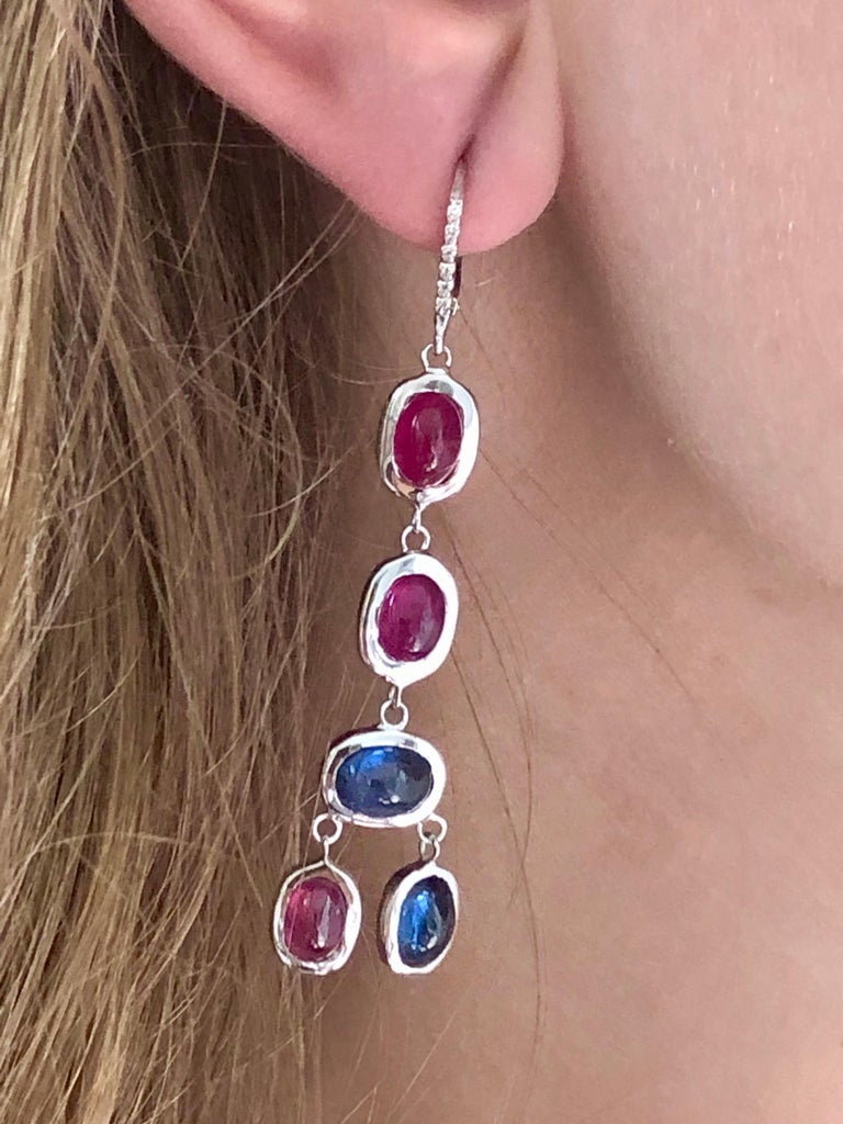 Contemporary Diamond Hoop Earrings with Cabochon Ruby and Sapphire Drops Weighing 17.06 Carat For Sale