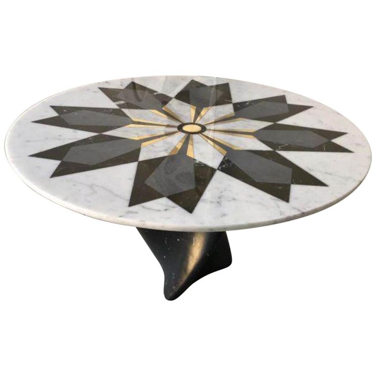 Marble Center Table in Carrara Marble with Inlay design in brass  For Sale