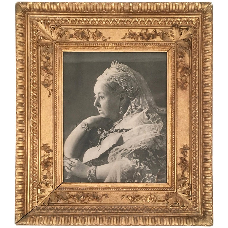 Diamond Jubilee Portrait of Queen Victoria in Antique Giltwood Frame For Sale