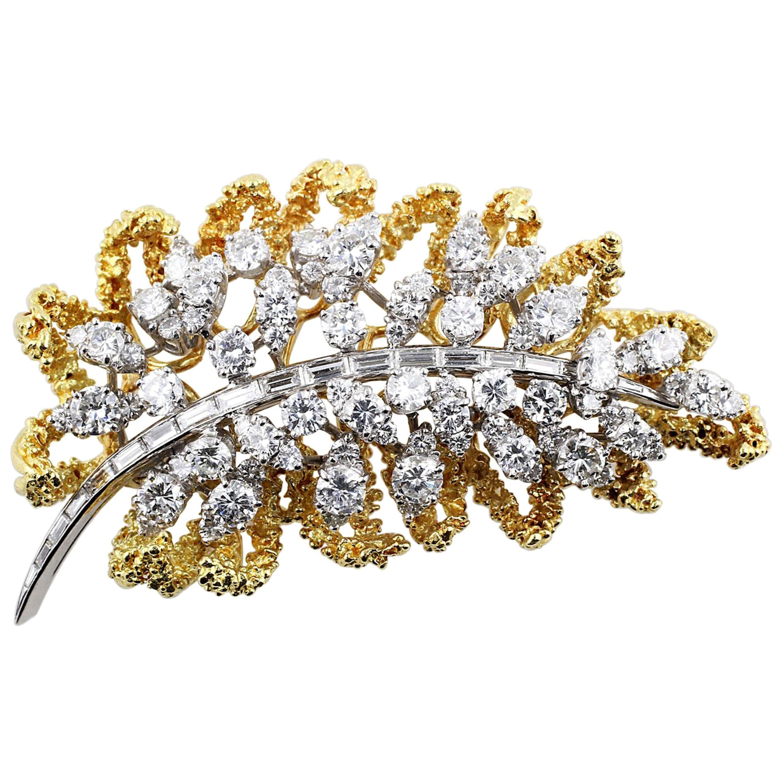 18 Karat Yellow Gold Diamond Leaf Brooch