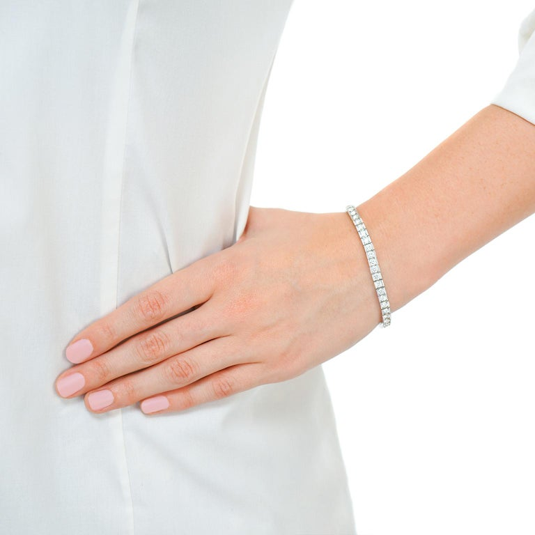 Diamond Line Bracelet In Excellent Condition For Sale In Litchfield, CT